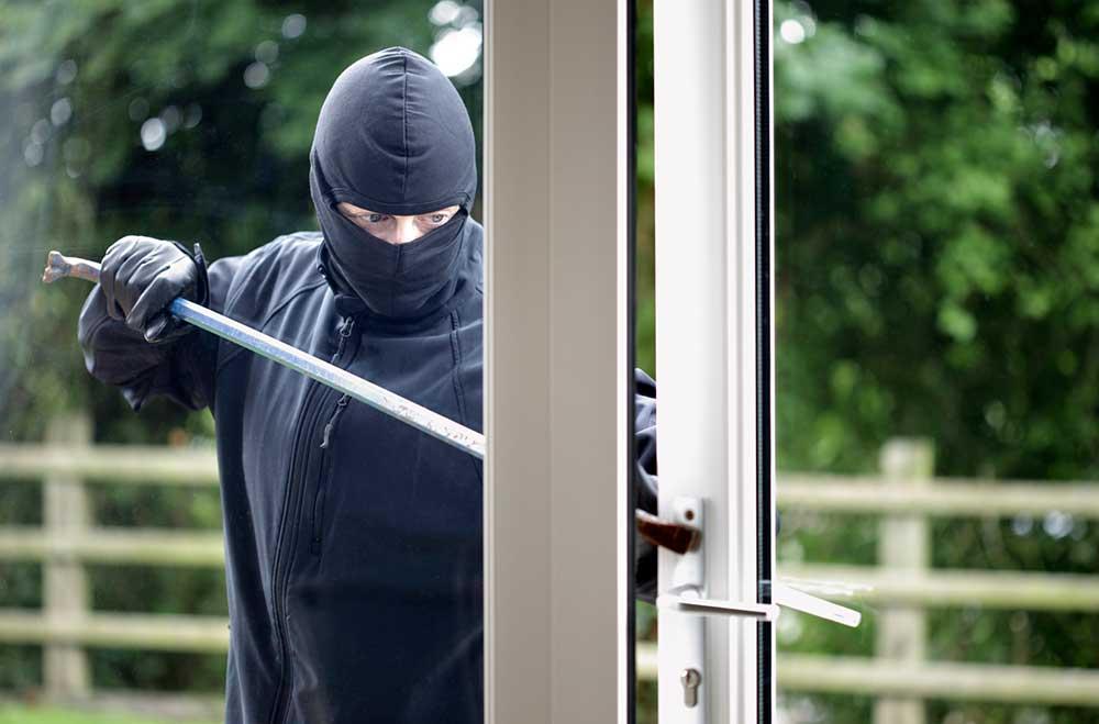 Protéger sa véranda des cambrioleurs : quels dispositifs de sécurité ?
