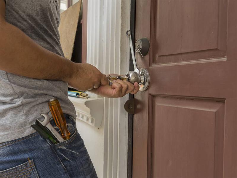 La serrure de ma maison est cassée : comment ouvrir la porte??