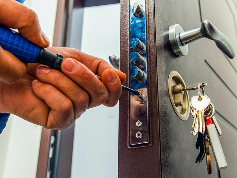 Quelles sont les différentes options pour renforcer la sécurité d'une porte